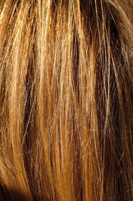 Kilka wskazówek, jak łatwo ułożyć włosy